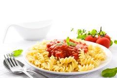 Teigwaren mit Tomatensauce Stockfotografie