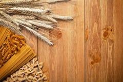 Teigwaren mit Weizen Stockfotos