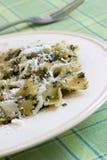 Teigwaren Pesto stockfotos