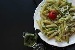 Teigwaren Pesto Lizenzfreie Stockfotos