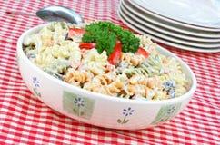 Teigwaren-Salat Stockfotos