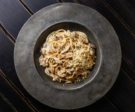 Teigwaren-Spaghettis mit Porcini-Pilzen stockbilder