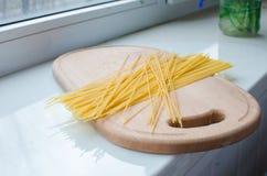 Teigwaren und Spaghettis ungekocht Stockfoto