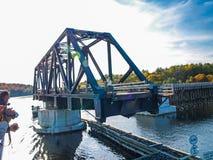 Teil der Brücke auf dem Huronsee lizenzfreie stockfotografie