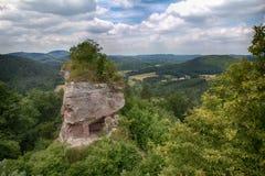 Teil des Drachenfels-Schlosses in Deutschland Lizenzfreie Stockfotos