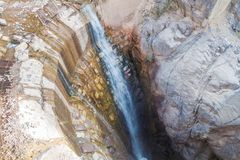 Teil des ehemaligen Wasserkraftwerks in Tal Garganta Del Diablo nahe Tilcara-Dorf, Argenti lizenzfreies stockbild