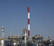 Teil des Raffineriekomplexes Stockfotos