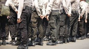 Teil- indonesische Polizei des Körpers von der Rückseite Stockbilder