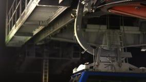 Teil oder Element des funikulären Seilweisenbaus stock video footage