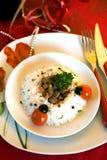 Teil Sojabohnenölkugeln mit Gemüse und Reis Stockbild