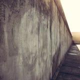 Teil von Berlin Wall auf Bernauer Straße, Mitte, Berlin, Deutschland Lizenzfreies Stockbild