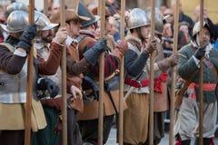 Teilnehmer der mittelalterlichen Kostümparty Lizenzfreies Stockbild