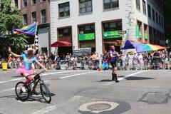 Teilnehmer LGBT Pride Parade an New York City Stockfotografie