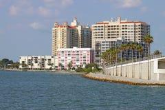 Teilweise Skyline von Sarasota, Florida lizenzfreie stockfotografie