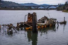 Teilweise versunkener historischer Hume Steamer Boat lizenzfreies stockfoto
