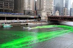 Teinture du vert de fleuve de Chicago photographie stock libre de droits