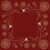 Teja con adorno de oro fino de la flor en estilo del art déco en fondo rojo oscuro Imagen de archivo