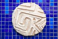Teja de mosaico cuadrada azul con el ornamento Imagen de archivo