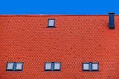 Teja de tejado con las ventanas 6 Fotografía de archivo libre de regalías