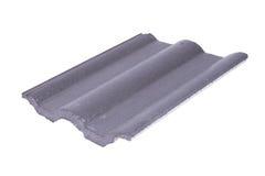Teja de tejado concreta (color gris) en blanco Imagenes de archivo