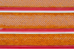 Teja de tejados en templo tailandés fotografía de archivo libre de regalías