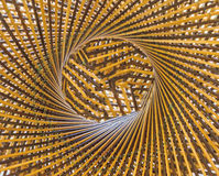 Teja el círculo del modelo y agujeréelo en el medio del fondo de bambú Fotografía de archivo