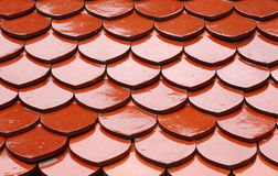 Teja roja del tejado Fotos de archivo
