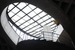 Tejado de cristal y estructura de acero Foto de archivo libre de regalías