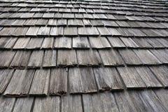 Tejado de la choza compuesta de la madera Foto de archivo
