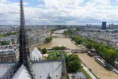 Tejado de Notre Dame de Paris fotos de archivo libres de regalías