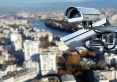 Tejado de París del sistema de vigilancia del CCTV Imagen de archivo libre de regalías