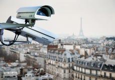 Tejado de París del sistema de vigilancia del CCTV Imagenes de archivo