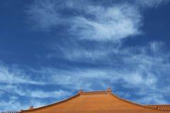 Tejado de teja de la terracota Fotografía de archivo