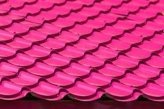 Tejado de teja rosado Fotografía de archivo libre de regalías