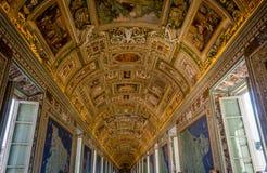 Tejado de un pasillo en el museo de vatican Fotos de archivo