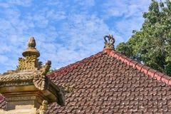 Tejado del palacio de la familia real de Ubud, isla de Bali Fotografía de archivo libre de regalías