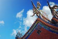 Tejado del templo de Taiwán fotografía de archivo