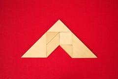 Tejado o flecha que muestra la dirección Foto de archivo