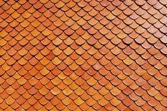Tejado-teja, fondo del color rojo de ladrillo Imagen de archivo