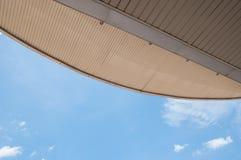 Tejado y cielo Fotos de archivo