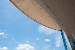 Tejado y cielo Foto de archivo