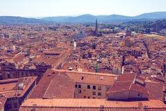 Tejados de Florencia con Basilica di Sant Croce Foto de archivo libre de regalías