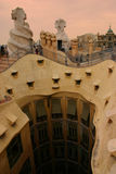 Tejados de Gaudi imagenes de archivo