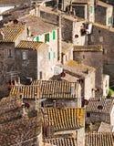 Tejados de la ciudad antigua de Sorano Foto de archivo libre de regalías