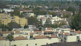 Tejados de la construcción de viviendas de Los Ángeles, California, los E.E.U.U. metrajes