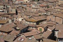 Tejados de la tierra de Siena Fotos de archivo