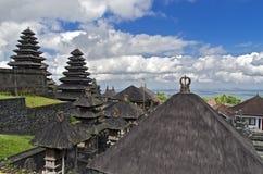 Tejados de los templos del balinese Fotografía de archivo libre de regalías