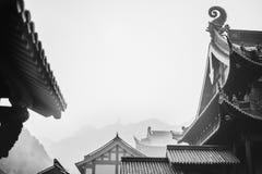 Tejados de Lufeng Temple en Shaoxing foto de archivo