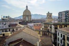 Tejados de Napoli, Italia Foto de archivo libre de regalías