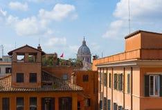 Tejados de Sunny Rome, Italia Fotos de archivo libres de regalías